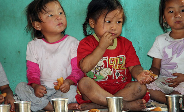 CWON Australia childcare project - young children eating